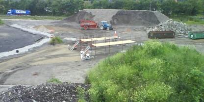 Arbejdet med fjernelse af lossepladsfyld (1)
